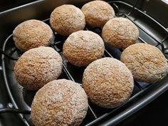 Élesztőmentes-tojásmentes zsemle recept hisztaminmentes diétához (Ir barát!) Muffin, Breakfast, Minden, Food, Morning Coffee, Essen, Muffins, Meals, Cupcakes