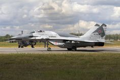 Mikoyan (NATO reporting name: Fulcrum-E) Aviation Forum, Air Show, Military Aircraft, Warfare, Airplanes, Weapons, Fighter Jets, Birds, Training