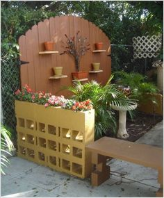 Here are ten DIY cinderblock ideas to steal, modify and make your own: See more: ... Vertical garden: make yours any size or shape you like.