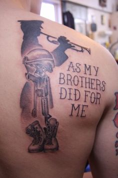 Man had a battlefield cross tattooed on his shoulder blade to makeshift memorial to his fallen soldier.