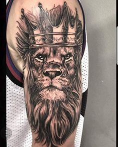 Among the tattoo models for men was the most preferred lion tattoos. The most popular lion tattoo models in 2018 Lion Chest Tattoo, Lion Tattoo Sleeves, Mens Lion Tattoo, Sleeve Tattoos, Male Tattoo, Lions Tattoo, Lion Head Tattoos, Body Art Tattoos, Lion Tattoo With Crown