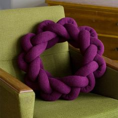 Notknot Pillows. Material: Icelandic Einband wool. Made in Iceland by Umemi.