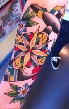 tattoo old school / traditional ink - compass rose and anchor
