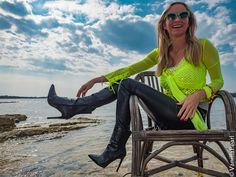 Leather Pants from Arcanum Fashion made by Christina Striewski Vanillapearl in Porec Croatia Leather Jeggings, Leather Leggings Outfit, Wet Look Leggings, Shiny Leggings, Faux Leather Leggings, Leggings Fashion, Legging Outfits, Red And Black Leggings, Lederhosen Outfit
