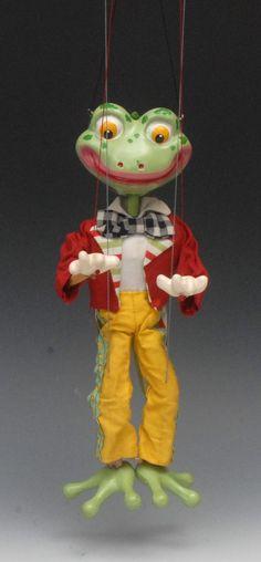 SL 63 Frog - Pelham Puppets SL 63 Range, hollow moulded hea