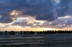 Nieuw in mijn Werk aan de Muur shop: Een bewolkte zonsondergang