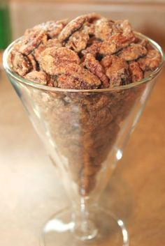 CINNAMON SUGAR PECANS The main ingredient in that holiday pecan pie can double as a seriously addicting (and easy) appetizer. Get the recipe from Firefly Tales. Pecan Recipes, Sweet Recipes, Snack Recipes, Dessert Recipes, Snacks, Candy Recipes, Cinnamon Sugar Pecans, Sugared Pecans, Candied Nuts