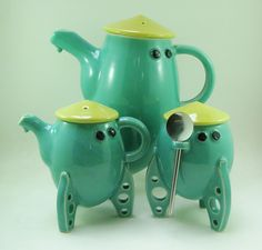 Rocket ship Tea set by Keith Lehman of the Poplar Studio. Watering Can, Tea Set, Pottery, Ship, Canning, Studio, Tableware, Design, Ceramica