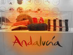 ¿Te gusta Andalucía? Llévala siempre contigo siendo nuestro mejor anfitrión http://regalos.andalucia.org/