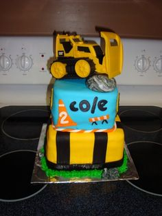 Construction Cake By katiegraves on CakeCentral.com