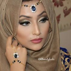 Abaya Fashion, Muslim Fashion, Fashion Wear, Beautiful Hijab Girl, Beautiful Eyes, Hijab Makeup, Hair Makeup, Mode Hijab, Hijab Dp