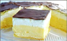Ingredients 500 g puff pastry 100 g sugar 2 pack vanilla sugar 800 ml milk 2 eggs . - Ingredients 500 g puff pastry 100 g sugar 2 pack vanilla sugar 800 ml milk 2 egg yolk 2 pack puddin - Romanian Desserts, Romanian Food, Romanian Recipes, Sweet Recipes, Cake Recipes, Dessert Recipes, Sicilian Recipes, Crazy Cakes, English Food