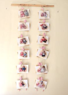 Baby photo frame 12 months - every month a photo with the same doll Baby First Birthday, 1st Birthday Girls, Unicorn Birthday, First Birthday Parties, Baby Monat Für Monat, Baby Photo Frames, Monthly Baby Photos, First Birthday Decorations, Foto Baby