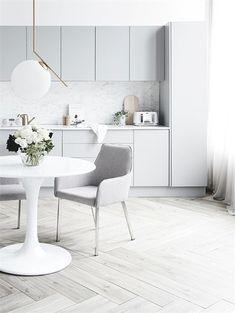 Modern Kitchen Design Bright kitchen with light gray cabinetry styled by Corina Kock and photographed by Kristina Soljo for Real Living magazine - White kitchen with gray cabinetry, scandinavian kitchen design Kitchen Ikea, Diy Kitchen Decor, Grey Kitchen Cabinets, Kitchen Flooring, Kitchen Backsplash, Grey Backsplash, Kitchen Dining, Wood Cabinets, Kitchen Hacks