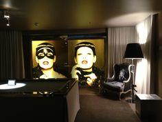@liviamoraespins l #SLS Hotel #BeverlyHills by Philipe Starck http://slshotels.com/beverlyhills/