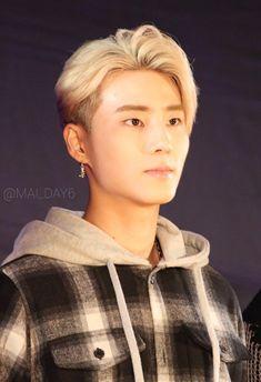Young K Day6, Jae Day6, Bias Kpop, Korean Artist, Great Bands, Rapper, Dads, Singer, My Love