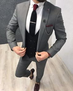 Product : Kingston Ice Blue Slim Fit Suit Color code : Ice Blue Size : Suit material: Wool, Royal, LycaMachine washable : No Fitting : Regular Slim-fit Remarks: Dry Cleaning Only Shipping Metod : DHL Size ( 48 Size ( 50 Size ( - 52 Size ( 85 Grey Slim Fit Suit, Grey Suit Men, Grey Suits, Mens Fashion Suits, Mens Suits, Grey Suit Combinations, Designer Suits For Men, Fitted Suit, Wedding Suits