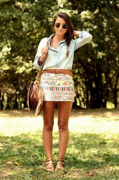 I love everything about this outfit! The faded denim shirt tucked into the tribal skirt gives a perfect mixture of tribal & boho style. & I love the bag! ♥