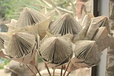 Paper art proteas Craft Projects, Projects To Try, Paper Flowers, Paper Art, Origami, Basket, Place Card Holders, Pretoria, Africa