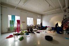 an_04 Helsinki, Homeschooling, Home Decor, Art Centers, Art Kids, Cover Pages, Decoration Home, Room Decor, Home Interior Design