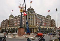 Neues Störtebeker-Denkmal mit Granitsäule in Hamburg