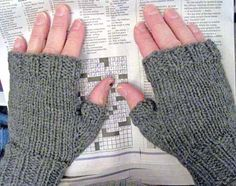 Most popular DBKN pattern: Men's Fingerless Mitts