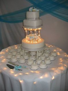 3C's Catering - Light up wedding cake