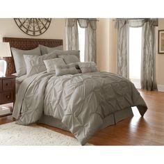MacLaine 24 Piece Comforter Set