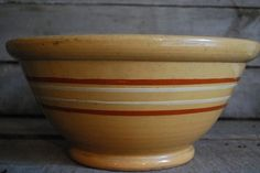 I have an old bowl along these lines. Would love to find this one!