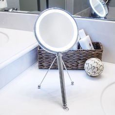 LED Makeup Mirror   dotandbo.com  #DotandBoDream