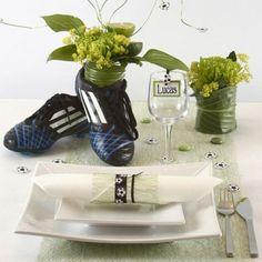 Borddekking og bordpynt i hvitt og grønt med et sporty streif Sports Party, Food Shows, Table Settings, Favorite Recipes, Homemade, Table Decorations, Home Decor, Dahl, Scrap