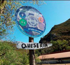 Quesería artesanal el Cabriteru está en la Ctra. de Arangas AS-345, s/n. Arenas de Cabrales. Asturias.  985846717