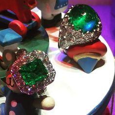 Emerald rings #columbian #emerald #diamond #diamonds #rings #handmade #handmadejewelry #jewellery #jewelry #madeinberlin #special #one #kudamm #gregorysjoaillier #successful #womenwear #womensstyle #beoriginal #notcomercial #lovewhatido #justforyou