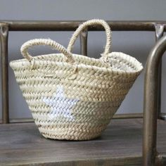 Little Wicker Basket with star - Le Repère des Belettes