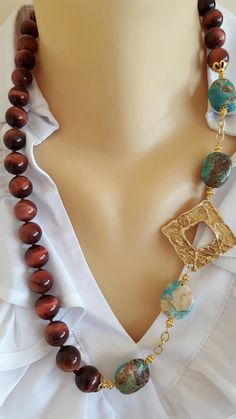 Hand-knotted necklace with gemstone 14 mm cat eye, turquoise stones with satin brass gold plated 925 Silver clasp, necklace length 60 cm Pearl Statement Necklace, Black Necklace, Beaded Necklace, Wedding Jewelry, Diy Jewelry, Peacock Drawing, Egypt Art, Wax, Girly
