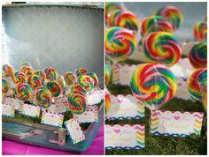 Rainbow Party Ideas #KidsParties #RainbowPartyIdeas