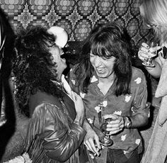 Metal News, Kiss Pictures, Kiss Photo, Paul Stanley, Ace Frehley, Star Children, Death Metal, Rock Stars, Cher