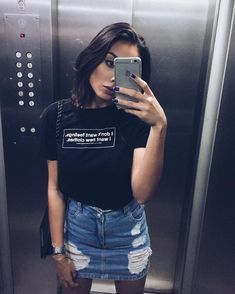 Pin by alfsixtyone on Casual skirts outfits for summer in 2019 Jean Skirt Outfits, Casual Skirt Outfits, Denim Outfit, Summer Outfits, Cute Outfits, Denim Skirts, Denim Mini Skirt, Casual Skirts, Cute Fashion