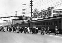 JAPANESE RELOCATION CAMPS | evacuees of Japanese ancestry to the Colorado River War Relocation ...