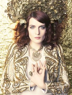 love florence welch-she has a great perspective on life and fashion, not to mention her voice is one of the best i've ever heard. Dancing Shiva