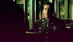 Dick Winters (Damian Lewis) <3 Crossroads