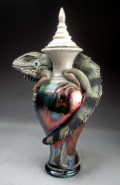 Grafton Pottery.  Capable of such incredible realism. Uniquely colorful and humorous! Wonderfully creative--what an imagination. For much more go to:http://graftonpottery.blogspot.com/  (TAG: ARTIST; CERAMICS)