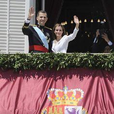 Echa un vistazo a los looks elegidos por los invitados a la recepción de los nuevos reyes. Todas las imágenes de la proclamación.