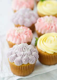 Flower Cupcakes [Roses, Zinnias, and Hydrangeas] - Baked Bree Hydrangea Cupcakes, Flower Cupcakes, Flower Cookies, Rose Cupcake, Pink Cupcakes, Baking Cupcakes, Cupcake Recipes, Baking Desserts, Health Desserts