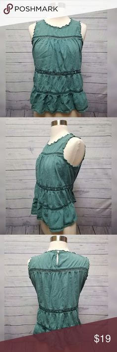 LOFT green sleeveless peasant top LOFT green sleeveless peasant top. Women's petite size small. Excellent used condition. LOFT Tops Blouses