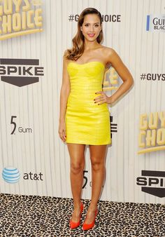 *FAVORITE* Jessica Alba in Versace. 8 Hollywood and Fashion Style Stars - Best Dressed 6/9/2013 http://toyastales.blogspot.com/2013/06/8-hollywood-and-fashion-style-stars.html