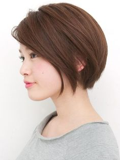 Looking for new bob hairstyles to refresh your look? Here we have rounded Super Bob Hairstyles Pictures to get inspired. There are lots of fabulous bob hair Oval Face Hairstyles, 2015 Hairstyles, Short Hairstyles For Women, Asian Hairstyles, Hairstyles Pictures, Girl Hairstyles, Asian Bob Haircut, Short Bob Haircuts, Bob Short