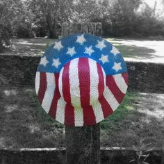 red white and blue straw hats, crafts, patriotic decor ideas, seasonal holiday d cor