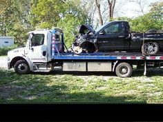 2007 Freightliner M2106 Flatbed Tow Truck
