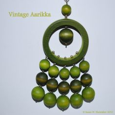 Vintage Aarikka Modernist Green Wood Bead by PeaceDoveJewelry